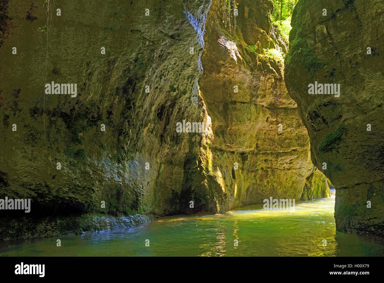 Cañón de Grands Goulets, Francia, Auvergne-Rh¶ne-Alpes, Parque Nacional de Vercors, Pont en Royans Foto de stock