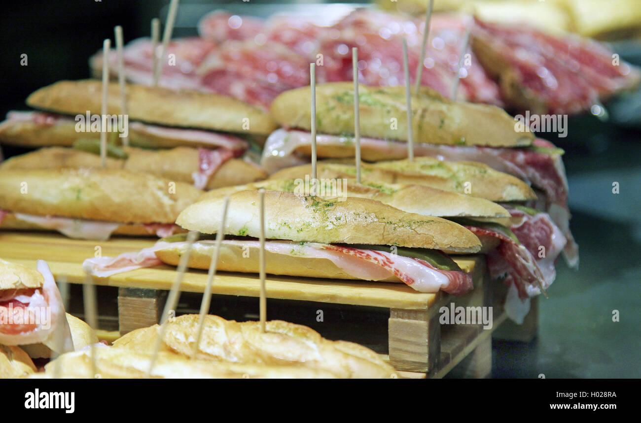 Pintxos tapas sandwich Jamon Iberico Pata negra Imagen De Stock