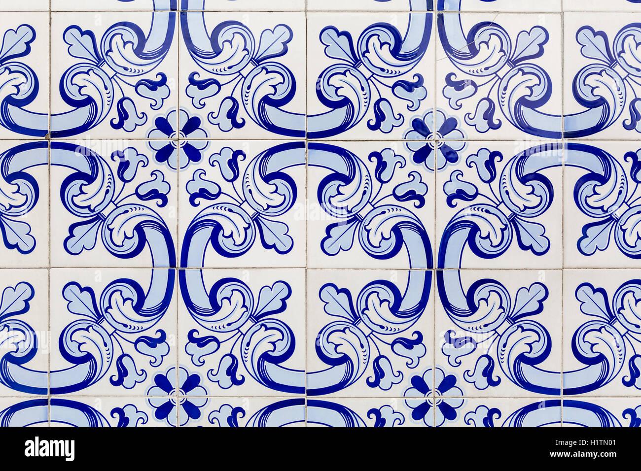 El Azul De Los Azulejos Baldosas Originales De Lisboa Portugal - Azulejos-originales
