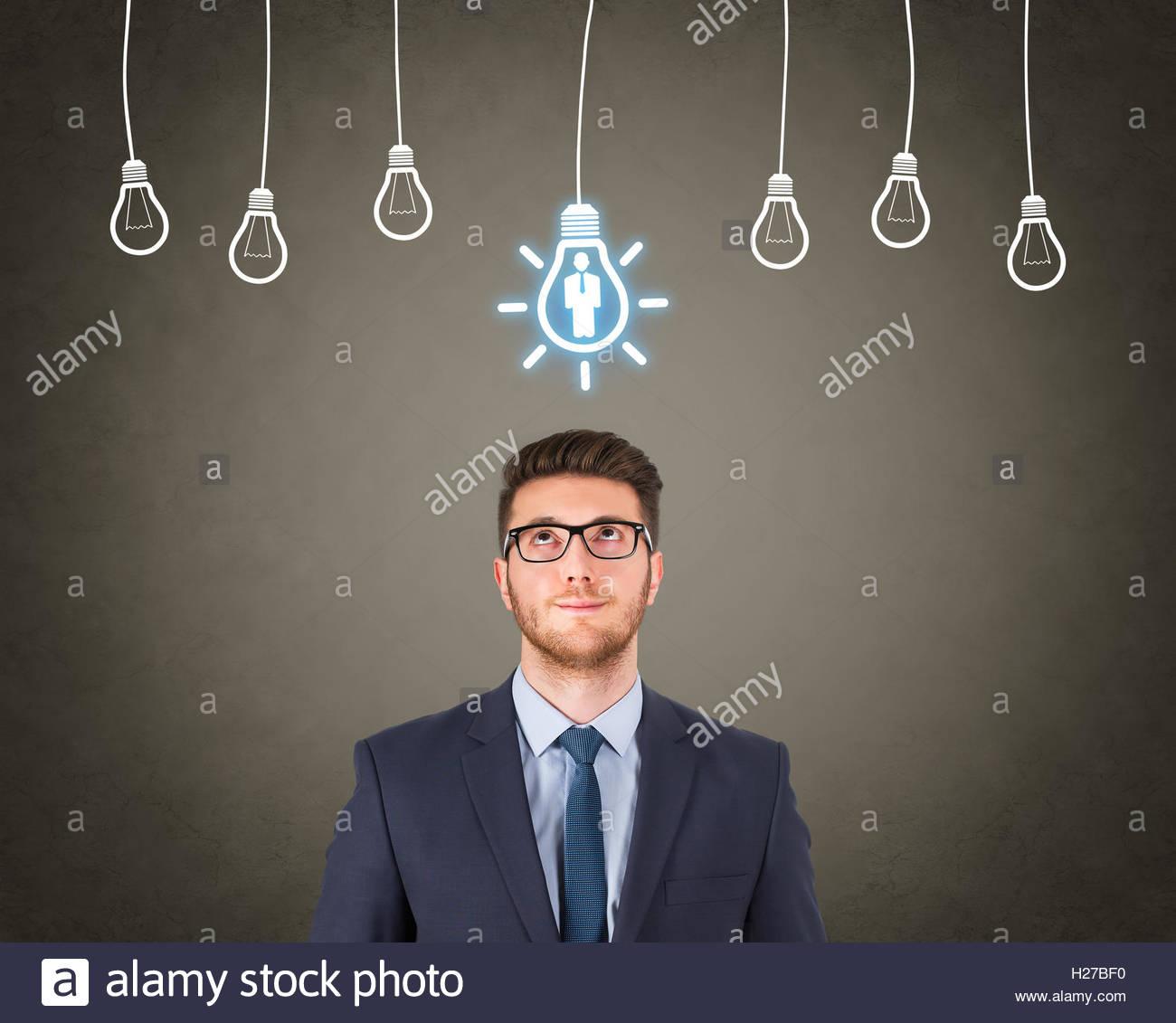 Brillante Idea de recursos humanos a lo largo de cabeza humana Imagen De Stock