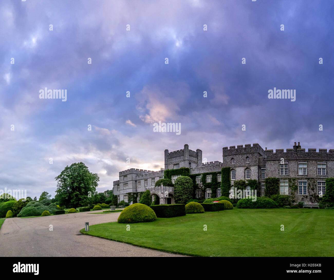 West Dean College en Sussex NB ESTA ES UNA DE varios fotogramas de ...