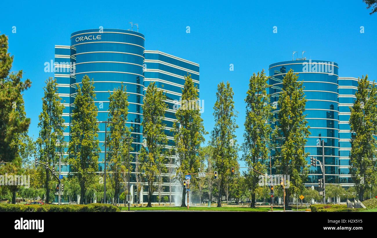Redwood City, California - El 7 de agosto, 2016: Oracle Corporation, un equipo de alta tecnología de la empresa Imagen De Stock