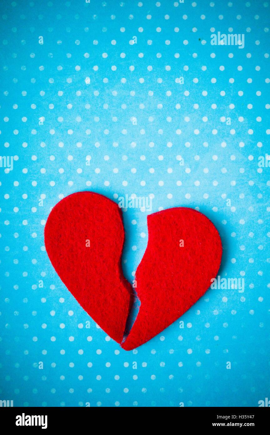 Corazón roto, concepto de divorcio, a fin de relación, historia de amor terminado Imagen De Stock