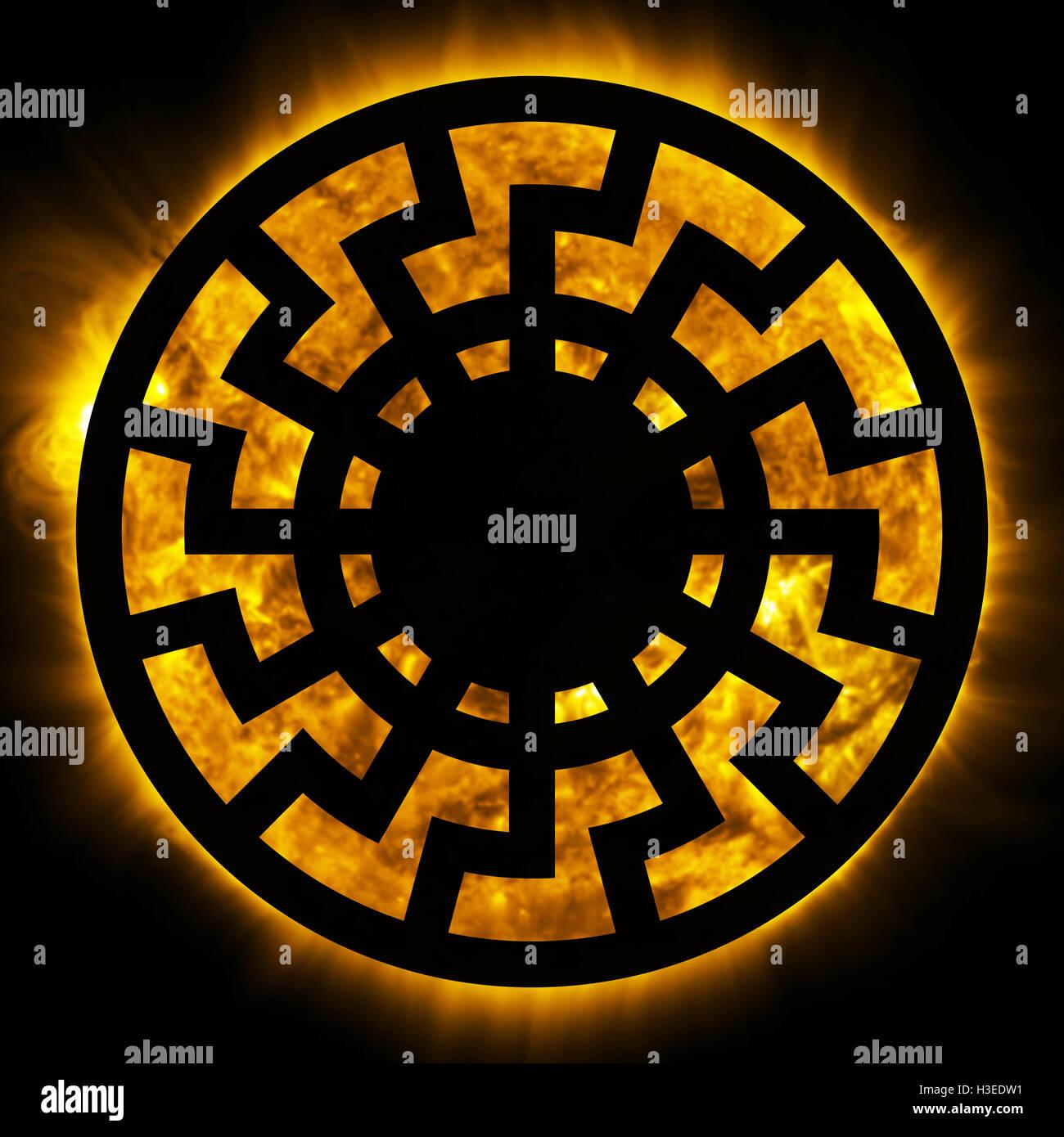 Símbolo del sol negro Fotografía de stock - Alamy