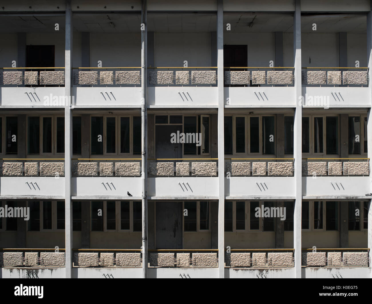 Abandonó la arquitectura colonial británica en Yangon, Myanmar (Birmania) Imagen De Stock