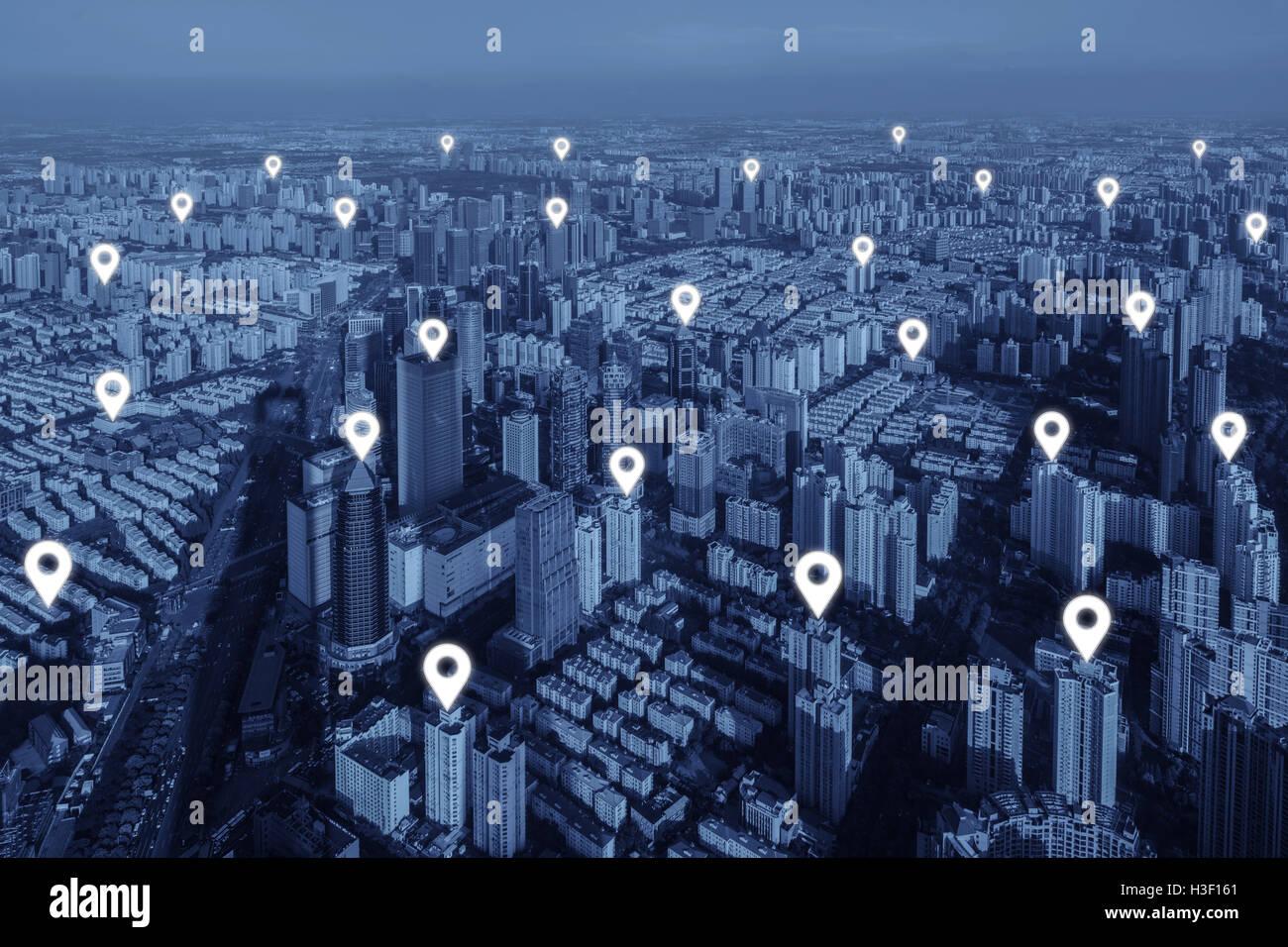 Mapa plano pin de conexión de red en la ciudad. Concepto de conexión de red. Imagen De Stock
