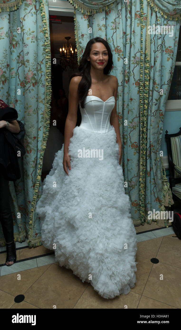 Magnificent Vestidos De Novia Nueva York Pictures Inspiration ...