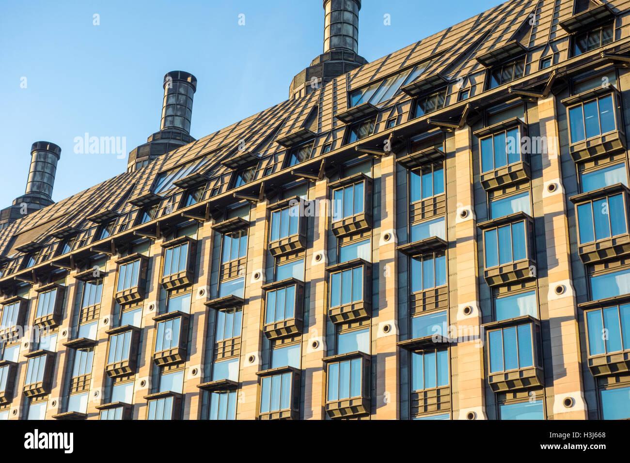 Portcullis House, edificio del gobierno británico. Londres, Reino Unido Foto de stock