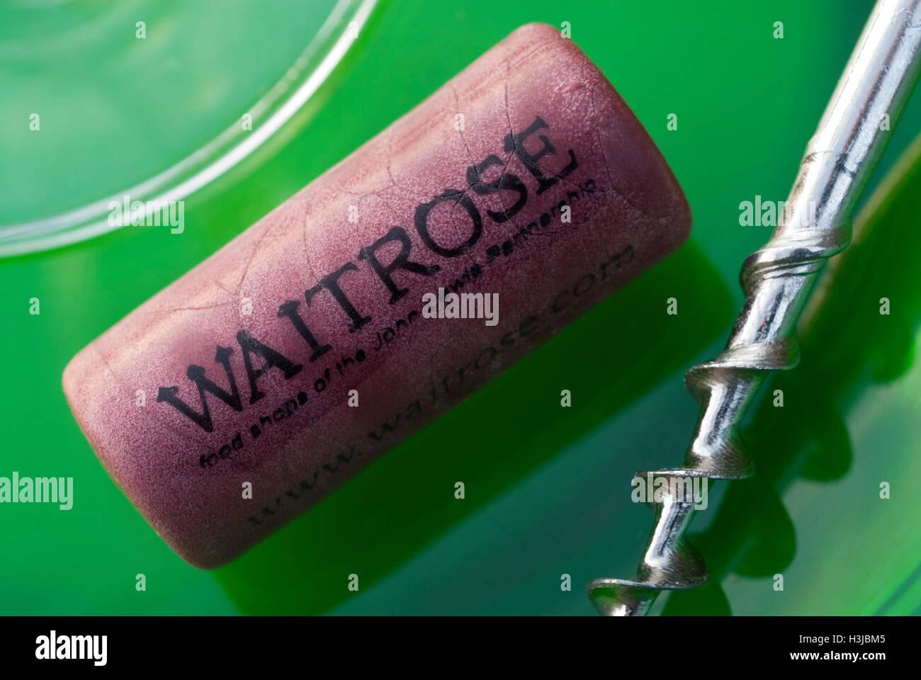 """Supermercado waitrose propia marca """"sintético"""" vino de corcho (para prevenir la oxidación tacha) Imagen De Stock"""