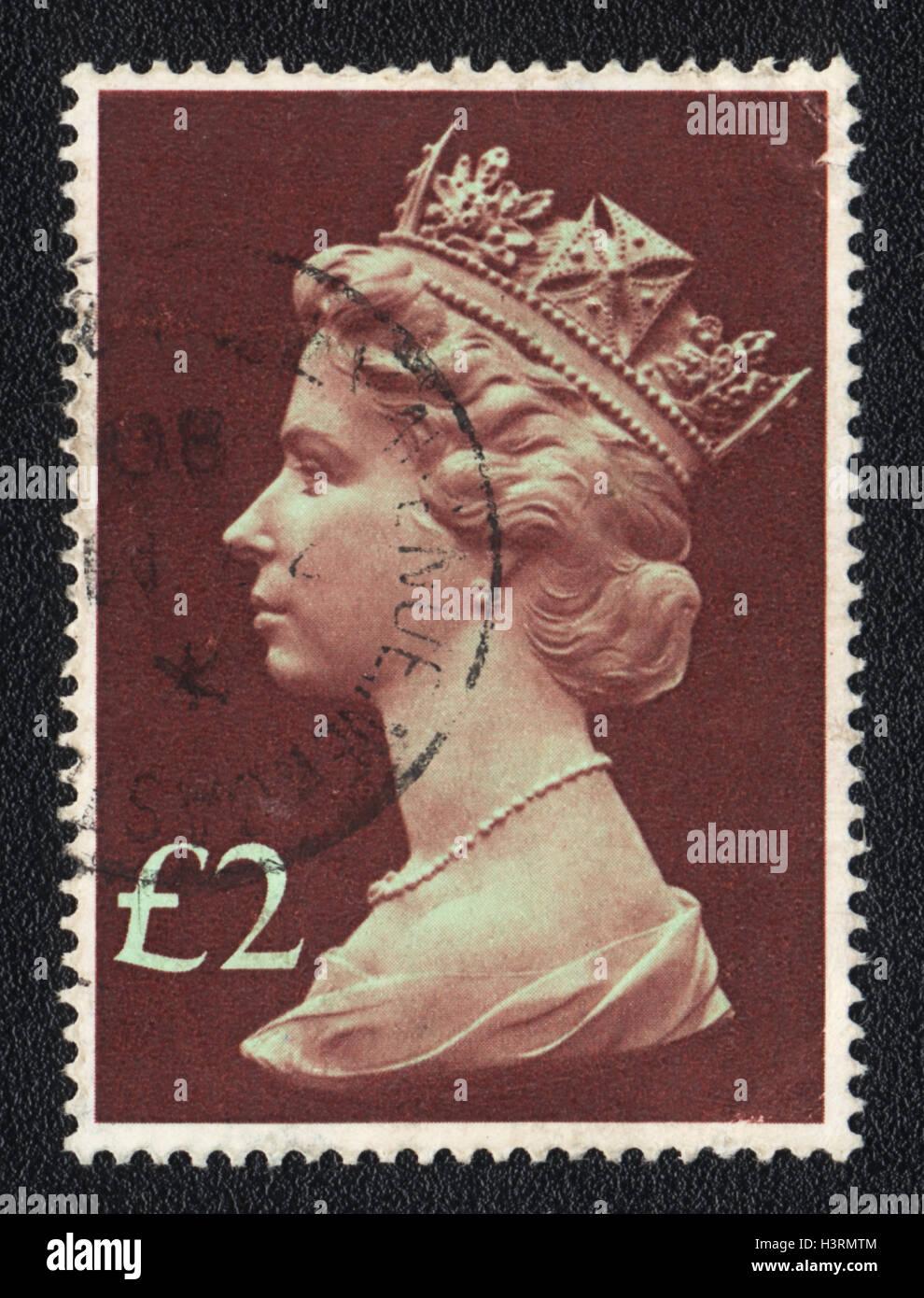 Un sello impreso en Gran Bretaña, muestra el retrato de la Reina Isabel 2nd, 1980 Foto de stock