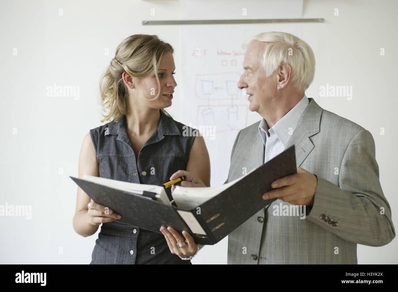 reunión con la esposa de 60 años y más