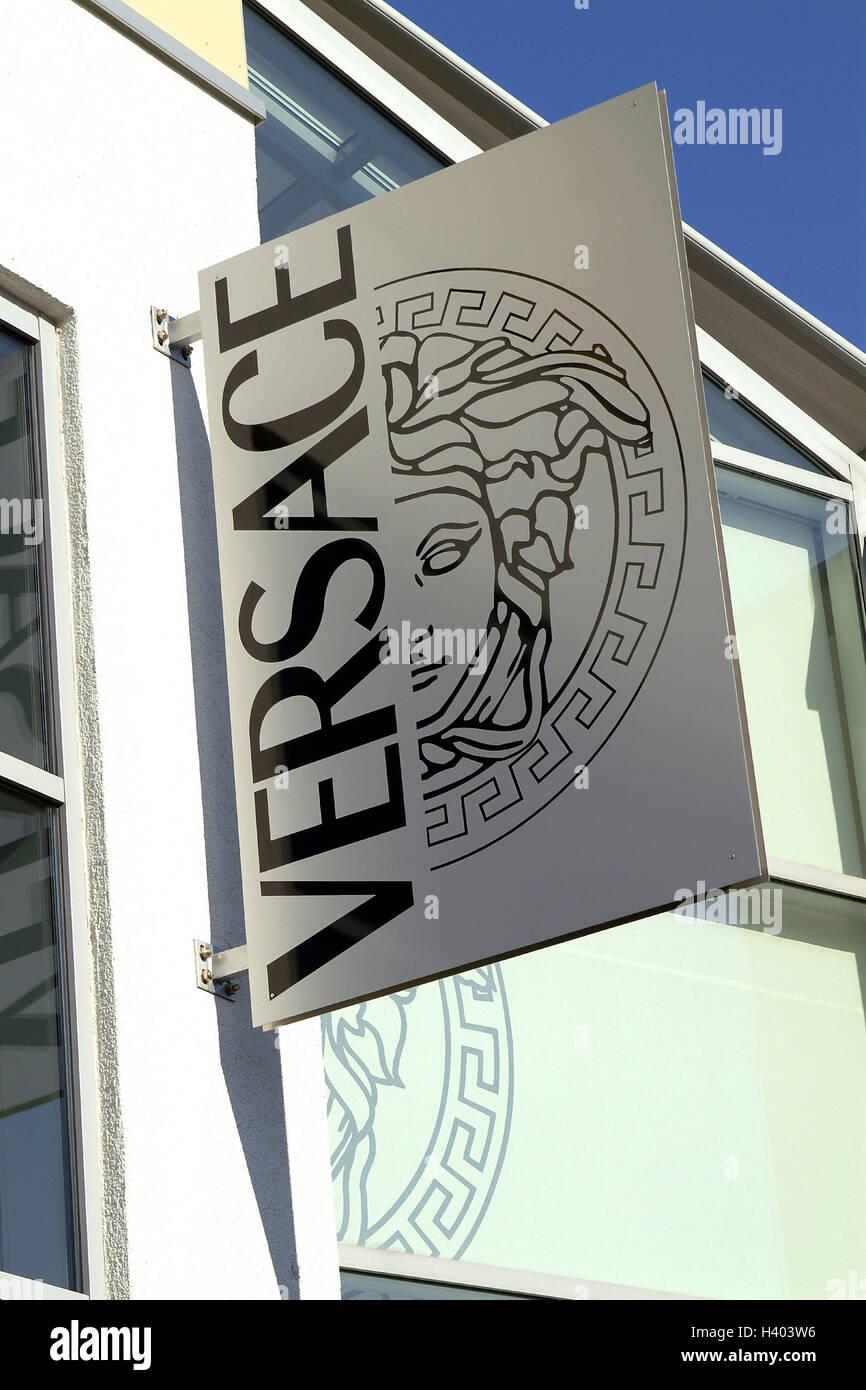 78db7a76e5 Negocios, fachada, empresa placa, Versace sólo editorialmente economía,  comercio minorista, carga