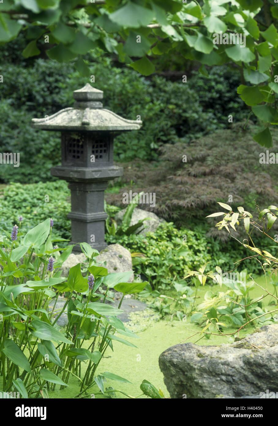 Jard n japon s estanque plantas jard n parque de arte for Decoracion jardin japones