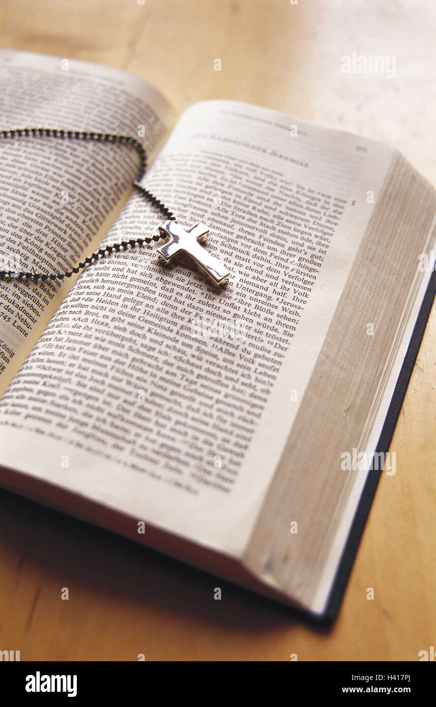 Biblia Azotado Collar Tráiler Cruce La Religión El Cristianismo