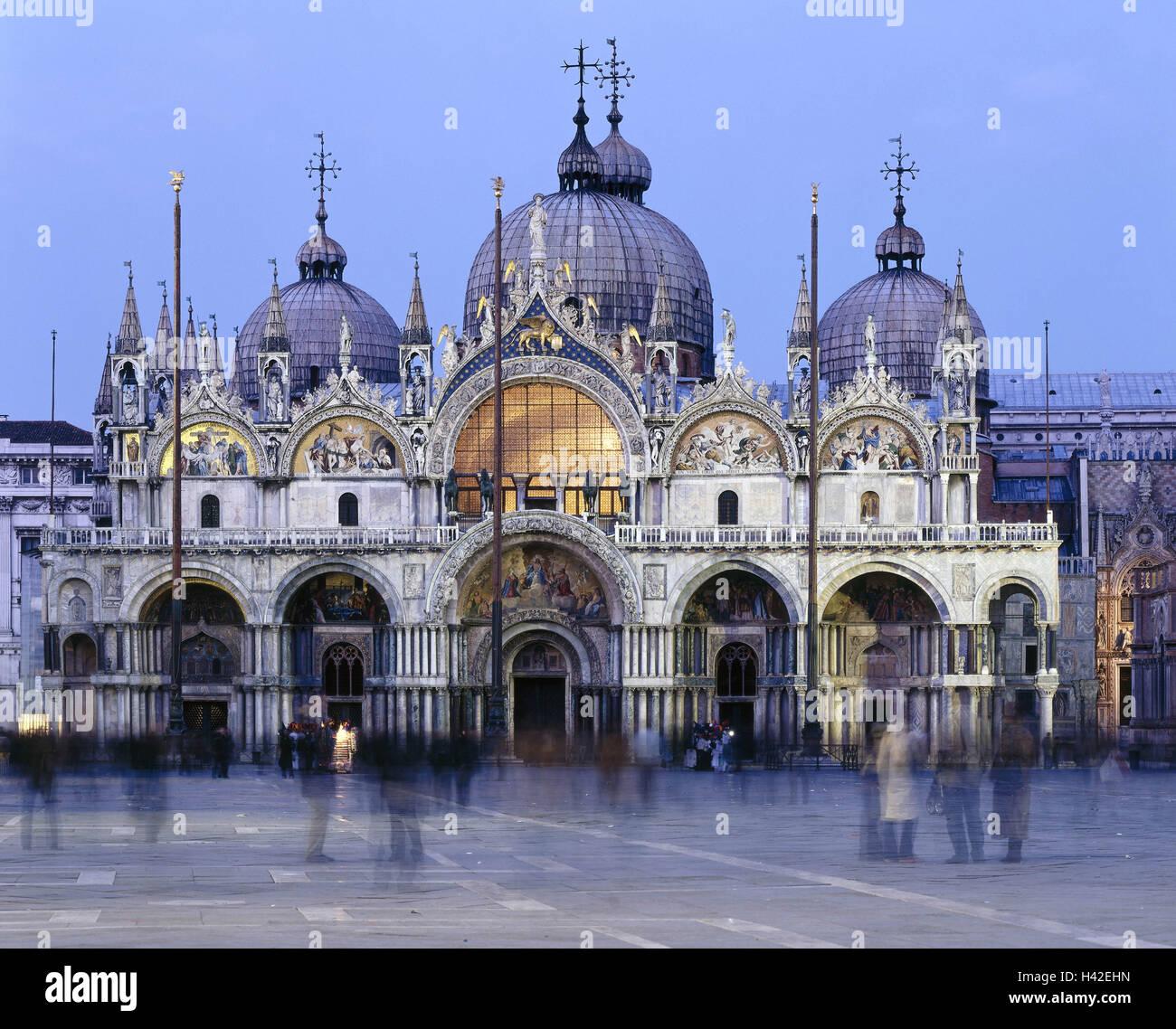 Italia, Venecia, Piazza San Marco, la Plaza de San Marcos, la ...