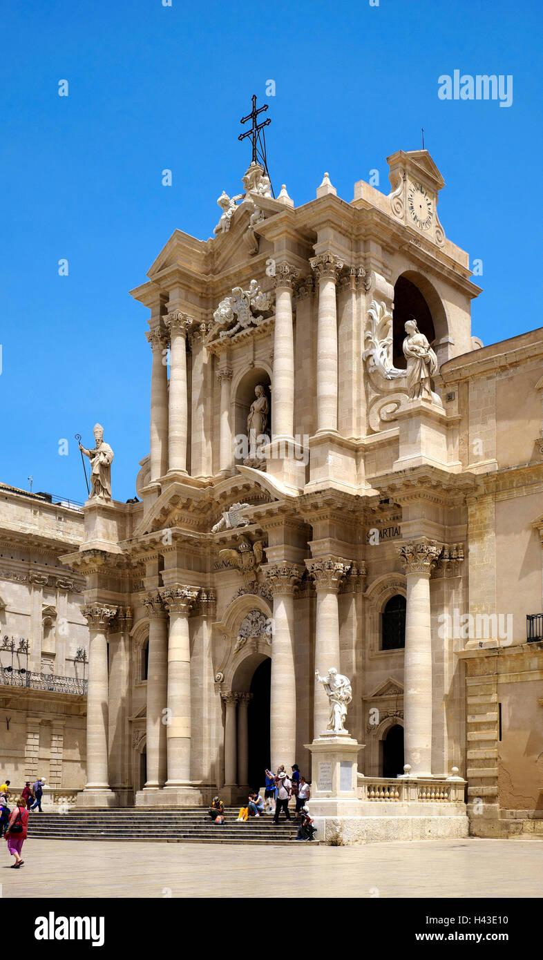 La Catedral de Santa Maria delle Colonne, Provincia de Siracusa (Sicilia, Italia) Imagen De Stock