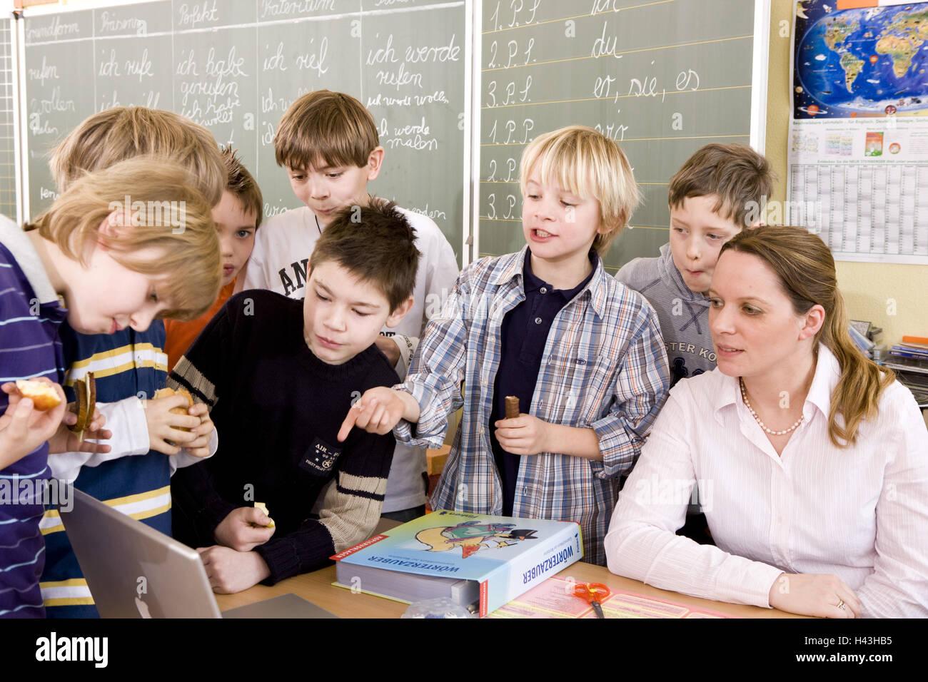 Aula, maestro, estudiante, descanso, entretenimiento, Imagen De Stock