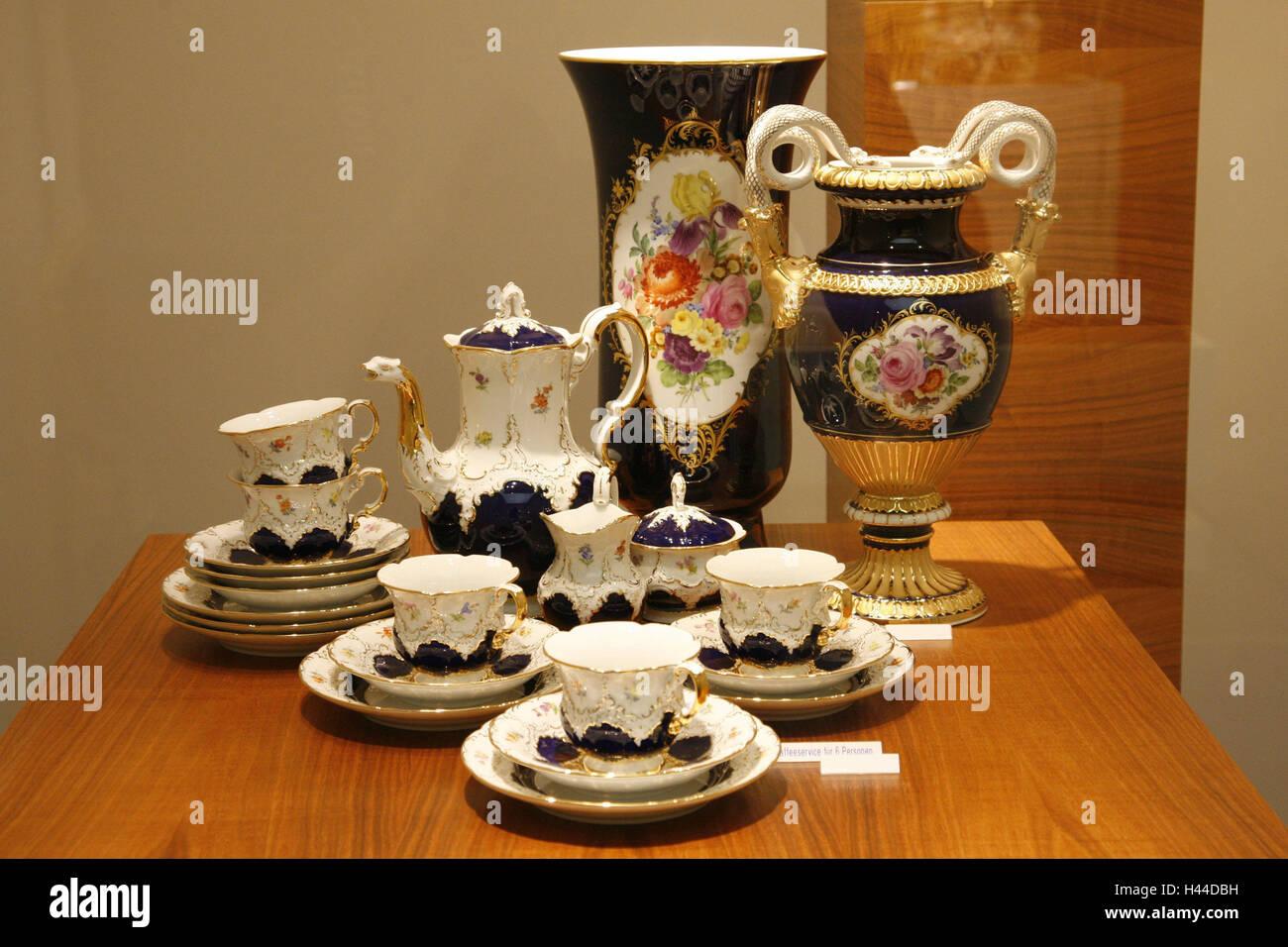 Alemania, Sajonia, porcelana de Meissen, fabricación, showroom, servicio de café, fabricación, exhibiciones, Imagen De Stock