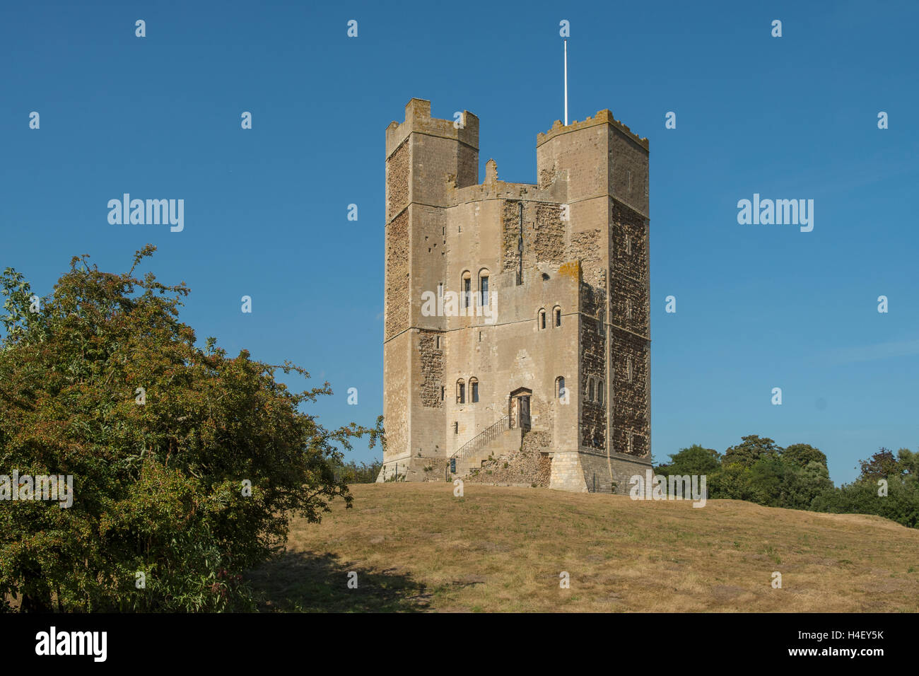 Las ruinas del castillo, de Orford, en Suffolk, Inglaterra Foto de stock