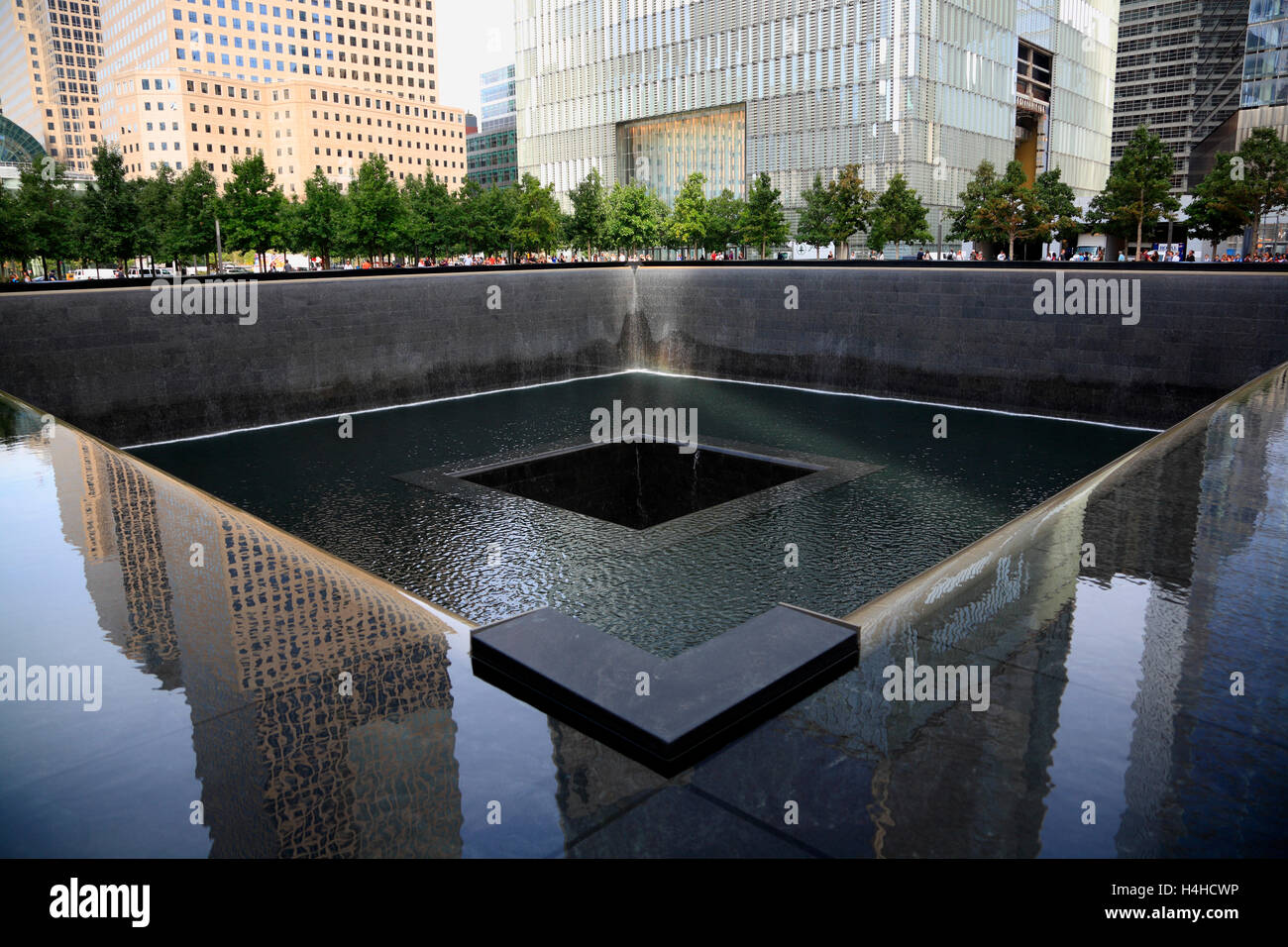 El 9/11 Memorial Pool, Lower Manhattan, Nueva York, EE.UU. Imagen De Stock