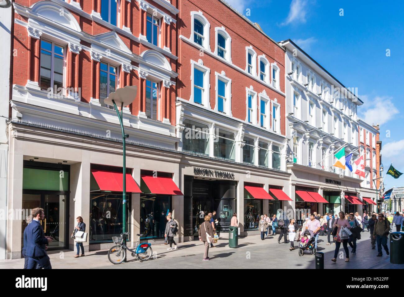 Brown Thomas department store Grafton Street, el centro de la ciudad de Dublin Dublin Irlanda Europa UE Imagen De Stock