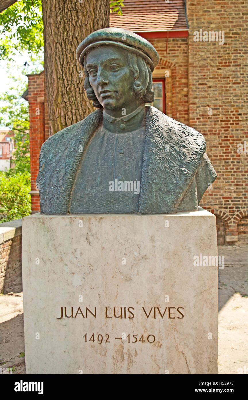 Juan Luis Vives Estatua 1492 1540 Brujas Bélgica Brujas
