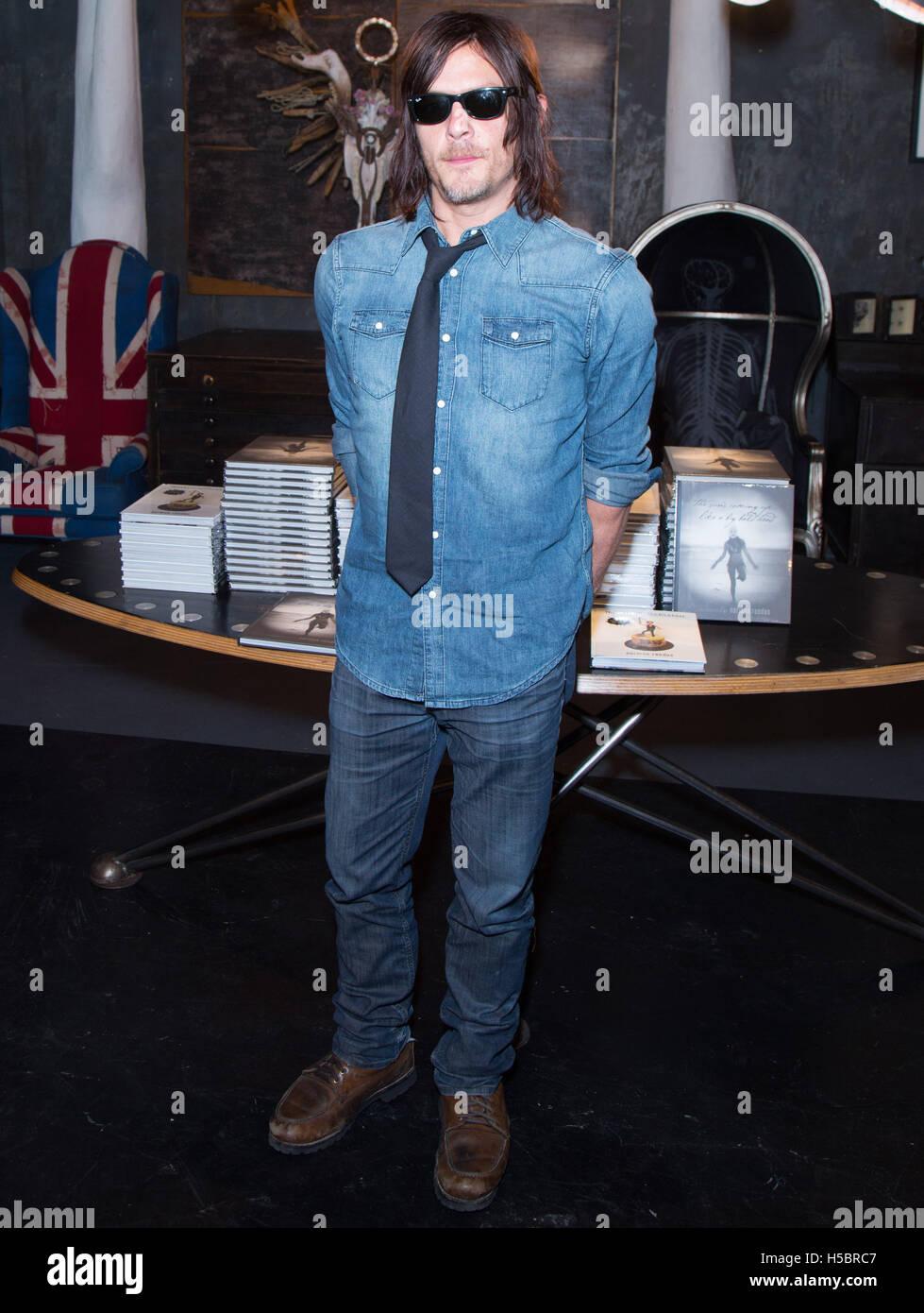 El actor Norman Reedus atiende Norman Reedus: un fino arte Fotografía Exposición en Voila! Galería de fotos el 22 de noviembre de 2015 en Los Ángeles, California, Estados Unidos. Foto de stock