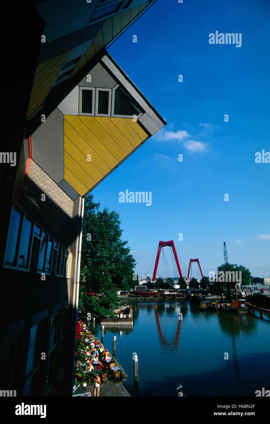 Países Bajos, Rotterdam, con forma de cubo House, por el arquitecto Piet Blom Kijkkubus Imagen De Stock
