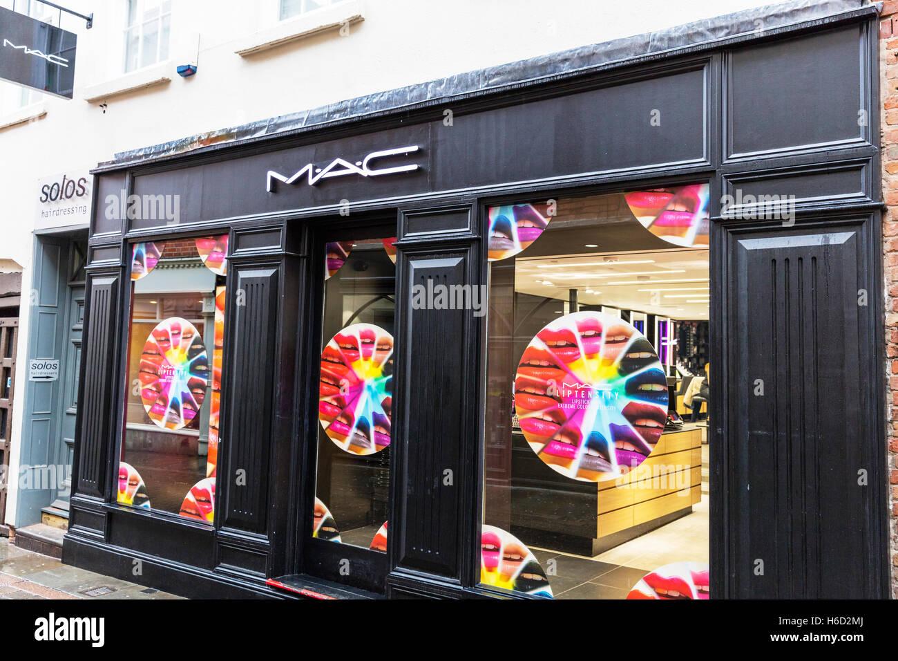 Mac Cosmetics Maquillaje Escaparates Signo Exterior