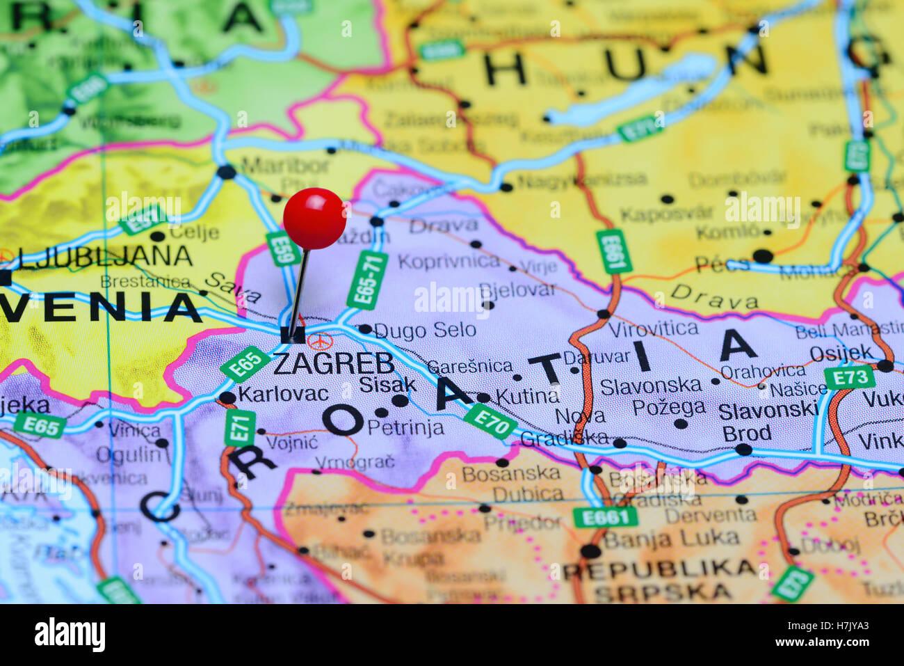 Zagreb Anclado En Un Mapa De Croacia Foto Imagen De Stock