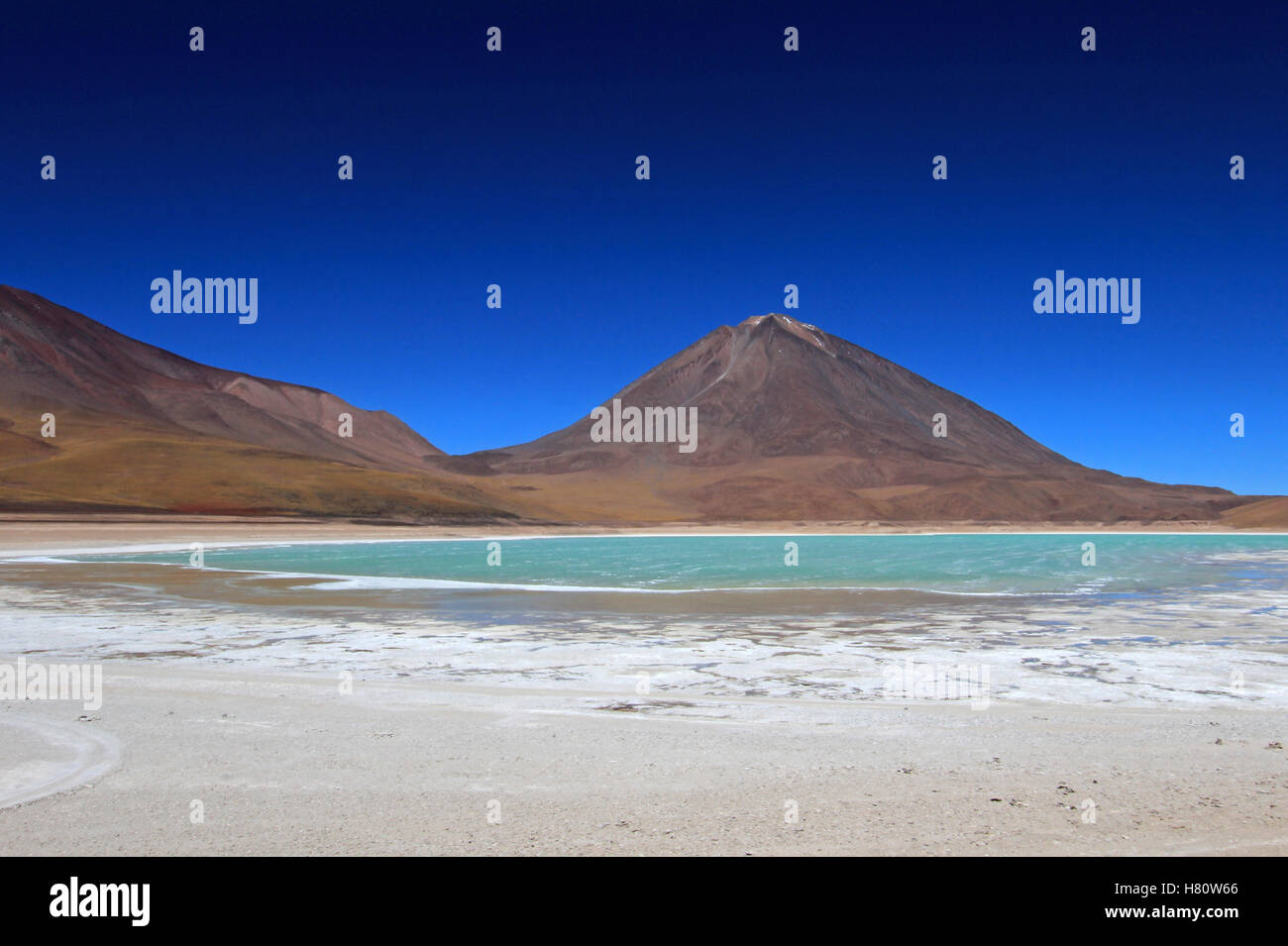 Laguna Verde, Laguna Verde en Bolivia Imagen De Stock