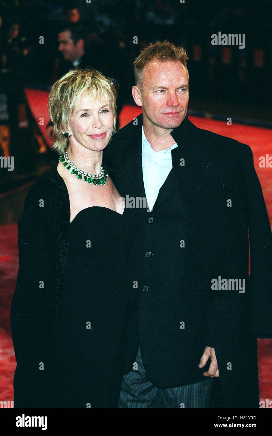 STING y TRUDIE STYLER BAFTA FILM premios Bafta Film Awards de Londres, Inglaterra el 24 de febrero de 2002 Foto de stock