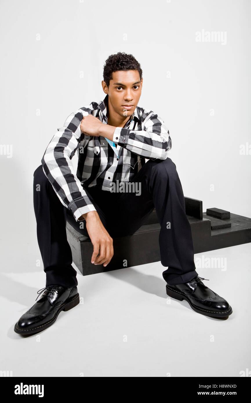 Hombre guapo negro Imagen De Stock