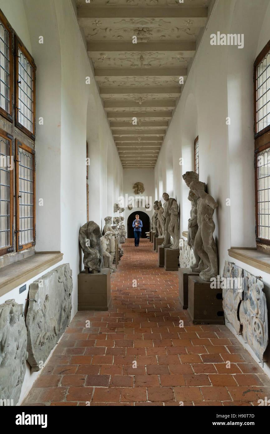 Esculturas originales en el Castillo de Frederiksborg en Hillerod, Dinamarca Foto de stock