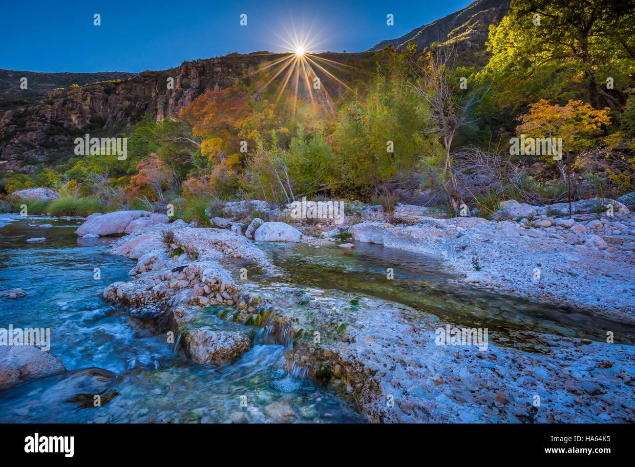 Cañón McKittrick es un pintoresco cañón dentro de las montañas de Guadalupe del oeste de Imagen De Stock
