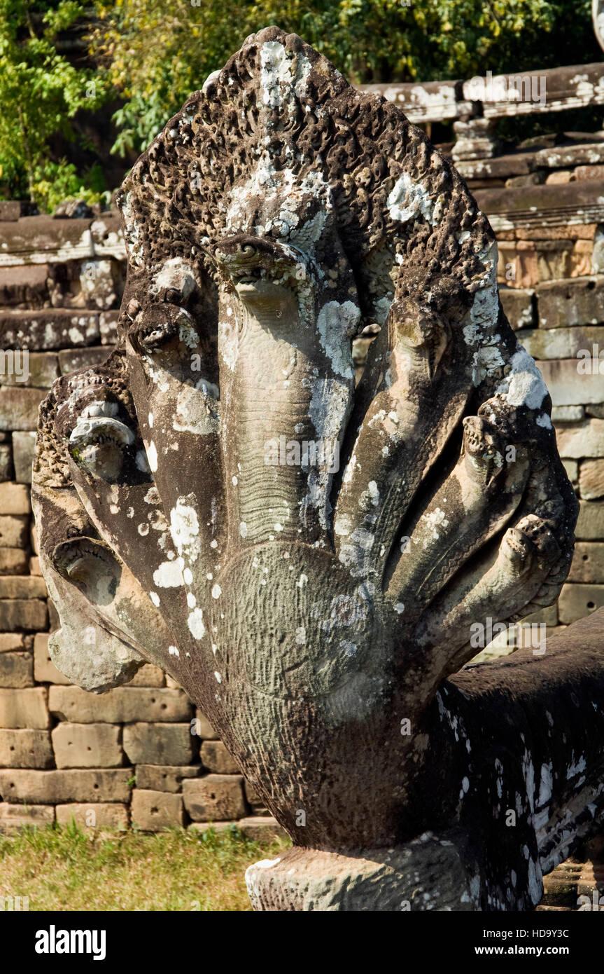 Balaustrada Naga La Terraza De Los Elefantes Angkor Thom