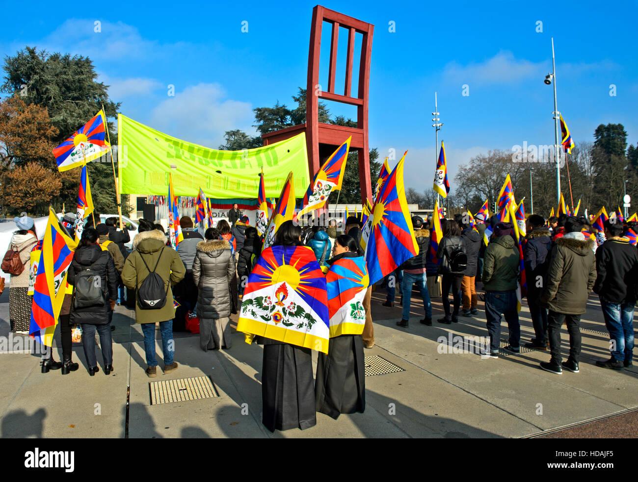 Ginebra, Suiza. 10 de diciembre de 2016. Con ocasión del Día de los Derechos Humanos de 2016 y en conmemoración Imagen De Stock