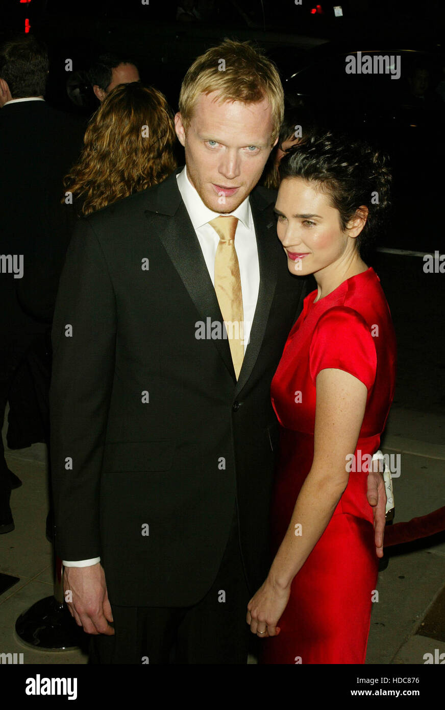 Paul Bettany y Jennifer Connelly en una proyección de la película 'Master y Comandante: El lado lejano Imagen De Stock