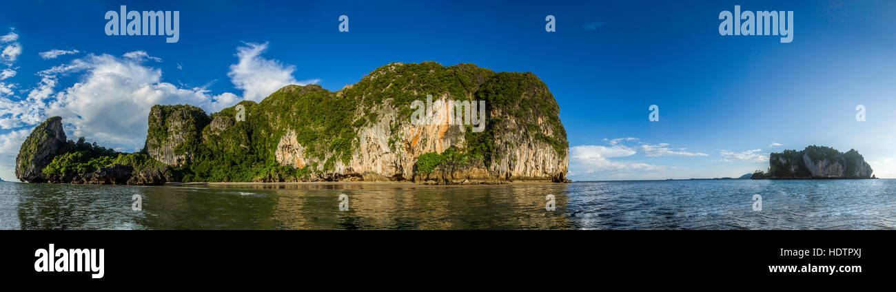 Playa de Hat Chao Mai national park en Tailandia Imagen De Stock