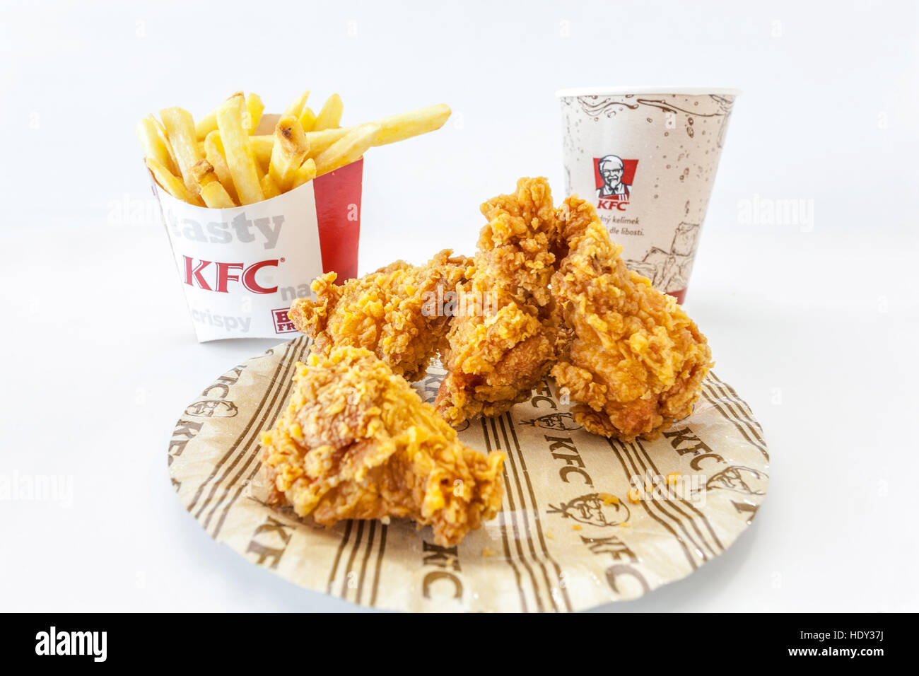 KFC Kentucky Fried Chicken, comida caliente, menú de alas Imagen De Stock