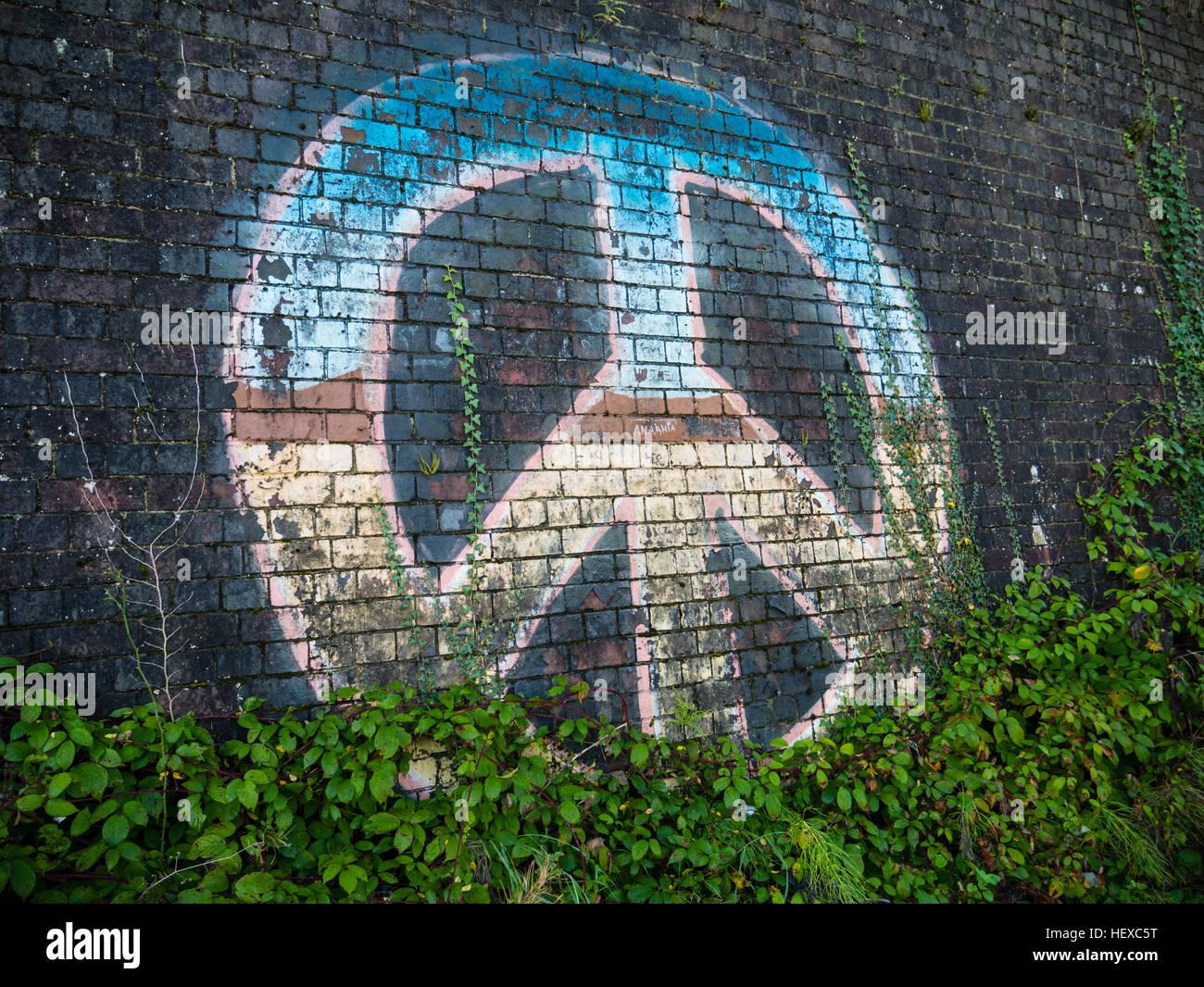 La CND, símbolo de la paz Tilehurst, Reading, Inglaterra Imagen De Stock