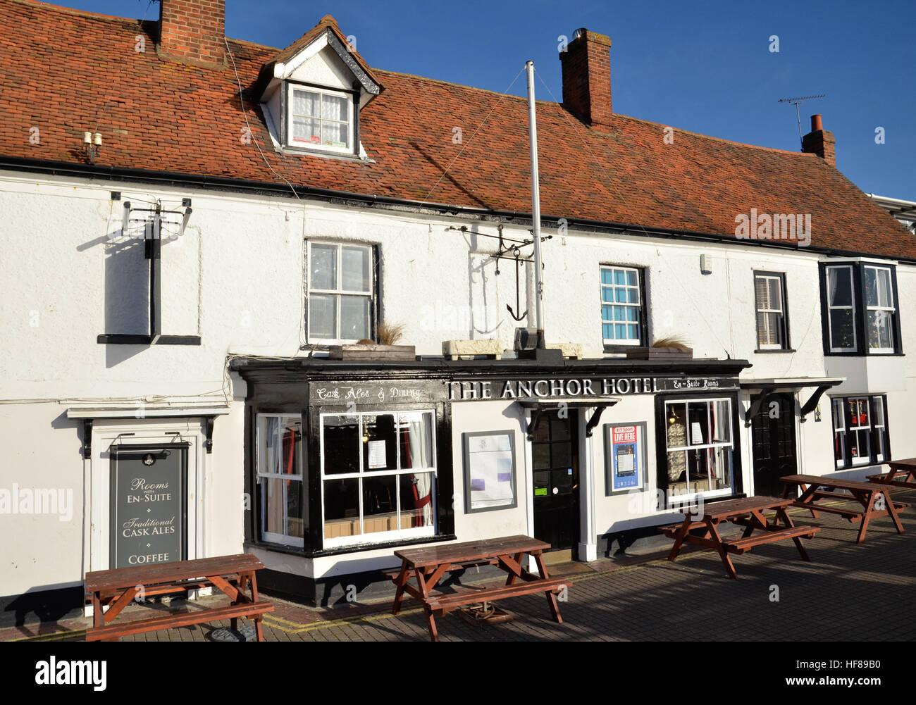 El Hotel Anchor en el Quayside en Burnham-on-Crouch en Essex Imagen De Stock