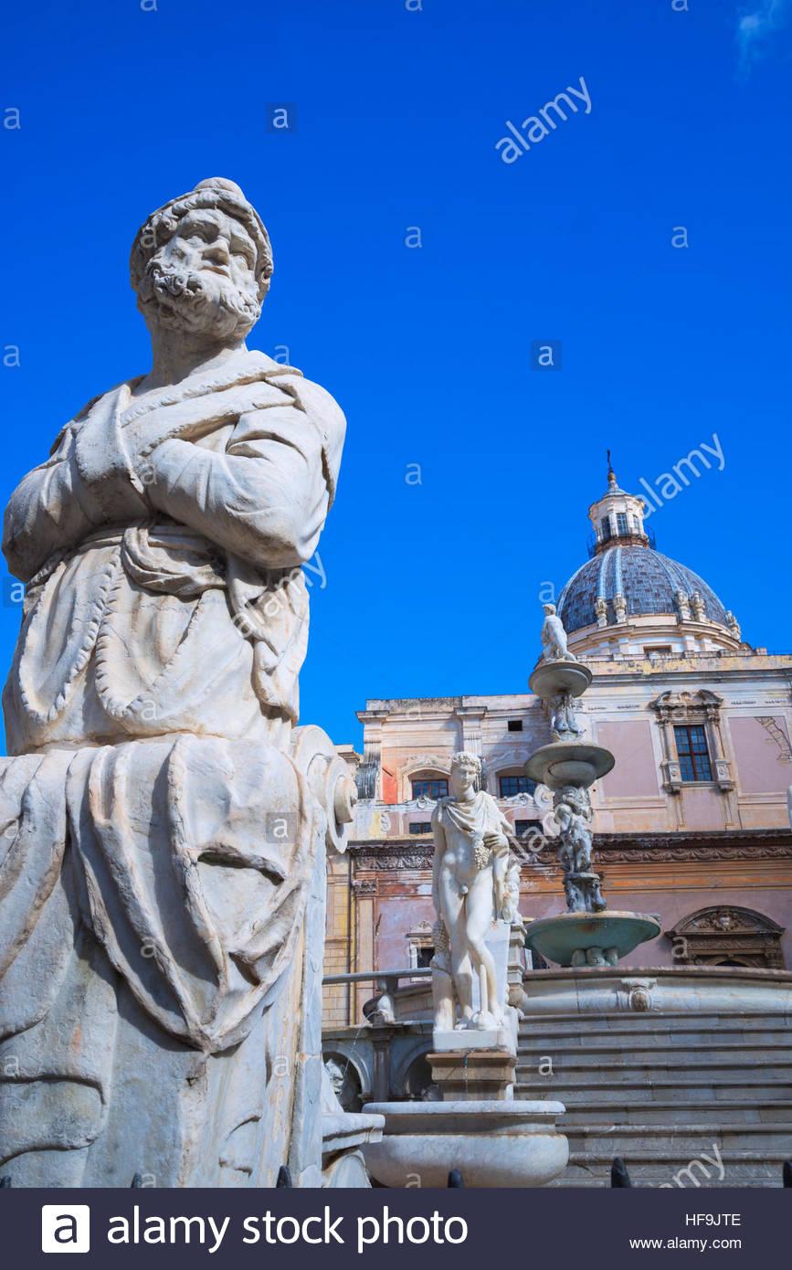 La Piazza Pretoria, Palermo, Sicilia, Italia, Europa Imagen De Stock