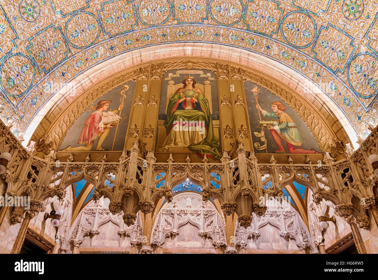 Detalles arquitectónicos al interior del vestíbulo del Edificio Woolworth landmarked en Nueva York, diseñado Imagen De Stock