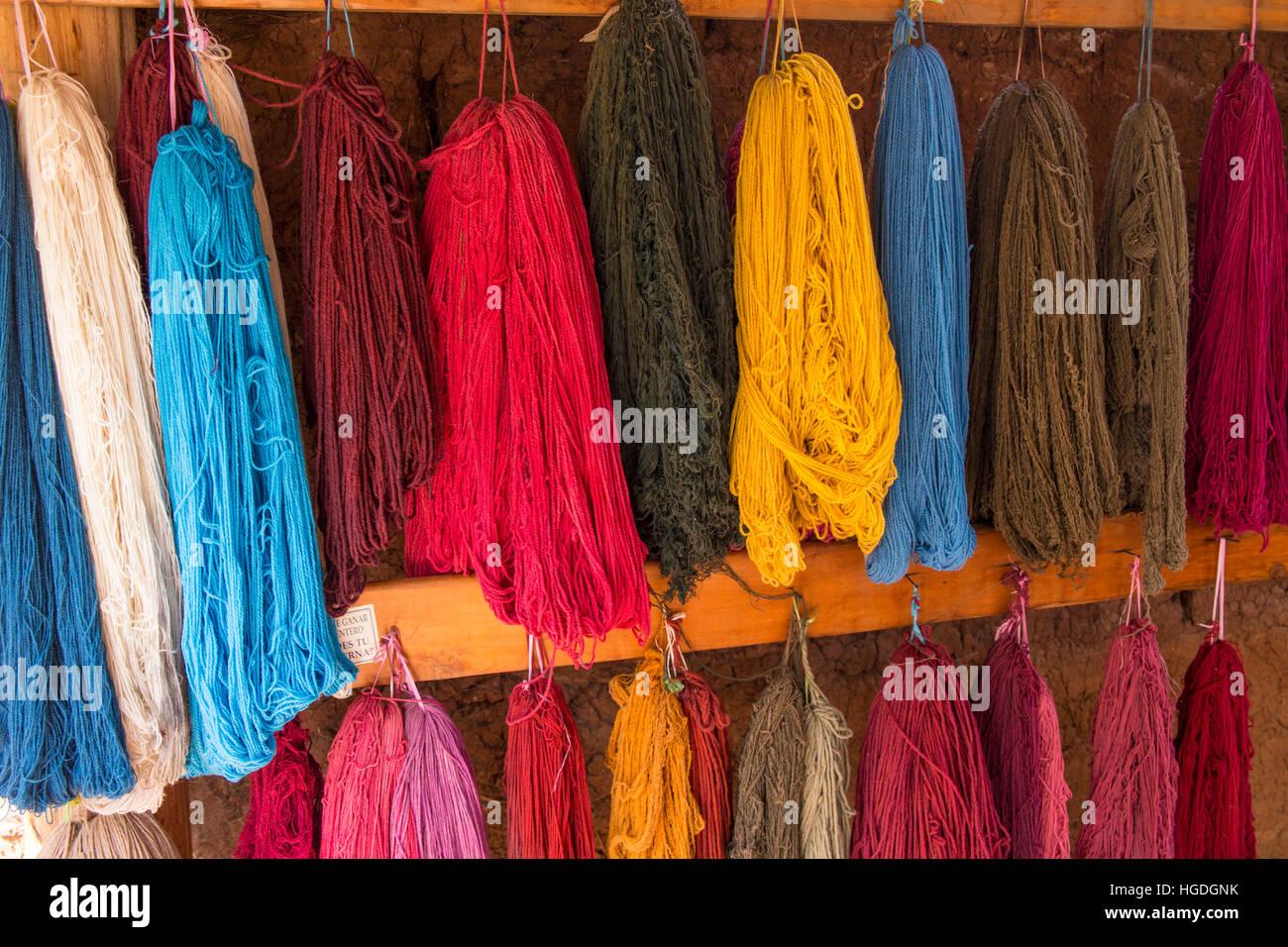 Cooperativa de Mujeres para la producción de textiles, Imagen De Stock