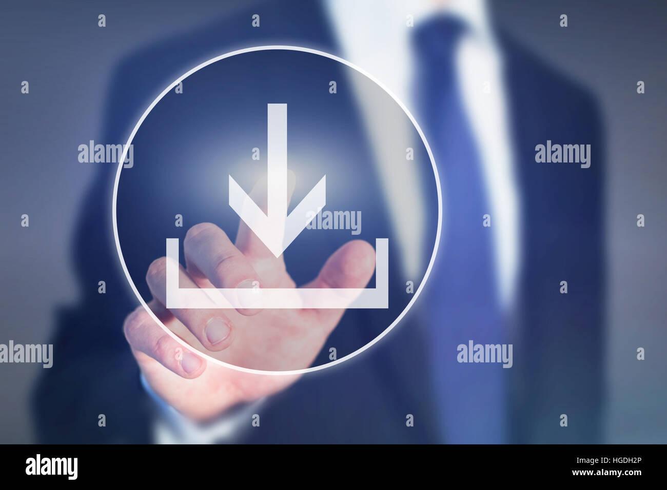 Botón de descarga en la pantalla táctil, el concepto de carga, transferencia de datos Imagen De Stock