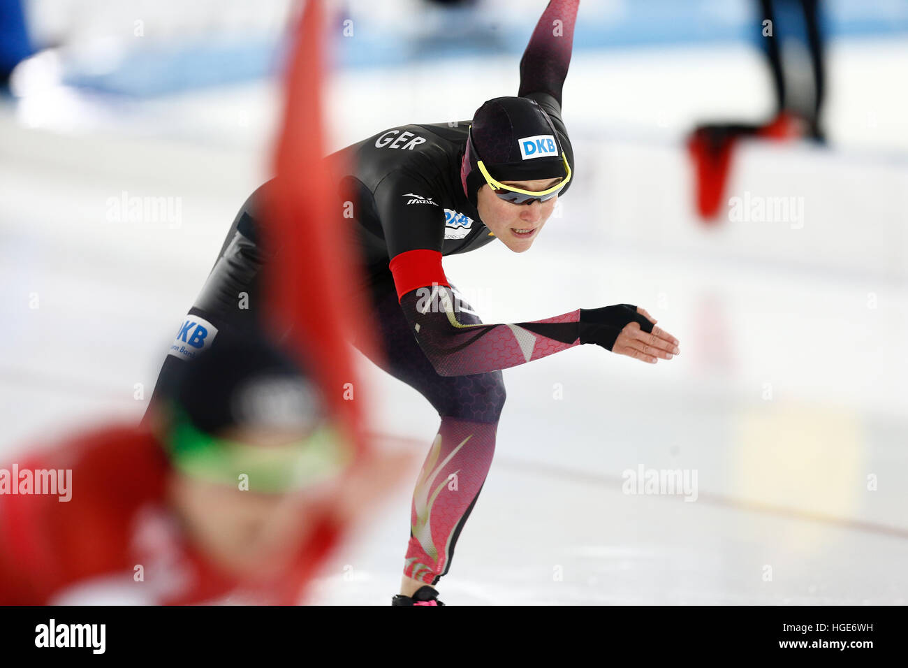 Patinadora alemana Gabriele Hirschbichler en acción durante la mujer/sprint de varios eventos en el Campeonato Imagen De Stock