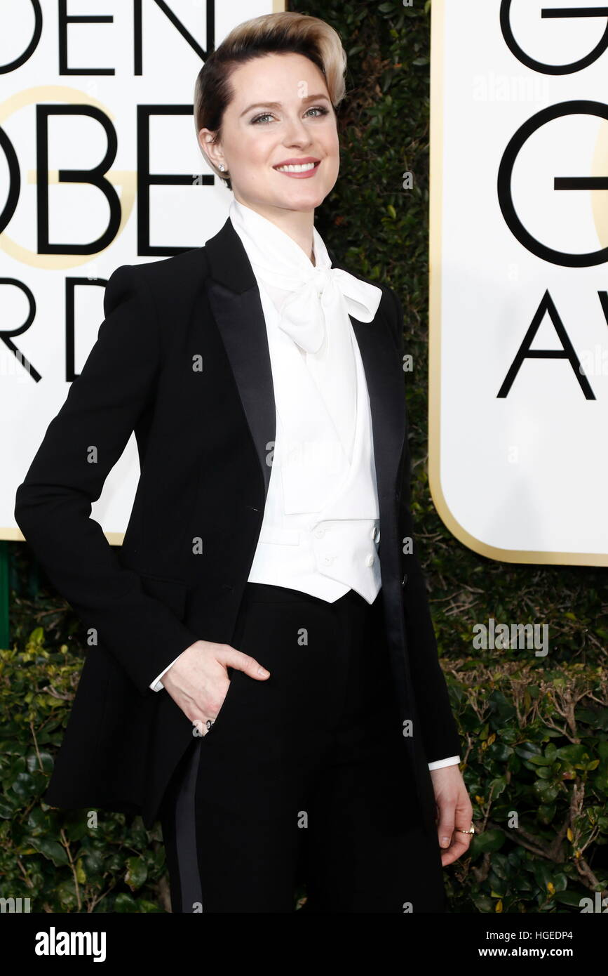 Los Angeles, California, EEUU. 08 ene, 2017. Beverly Hills, EE.UU. 08 ene, 2017. Evan Rachel Wood llega a la 74ª Imagen De Stock