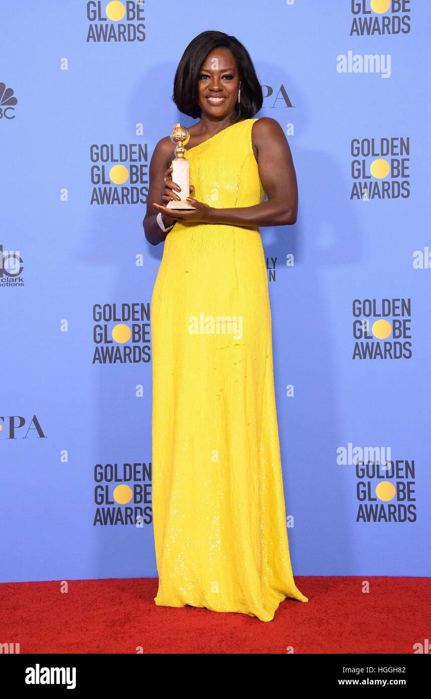 Beverly Hills, CA, EE.UU. 8 ene, 2017. Viola Davis. 74ª ceremonia anual de los Premios Globos de Oro, celebrada Foto de stock
