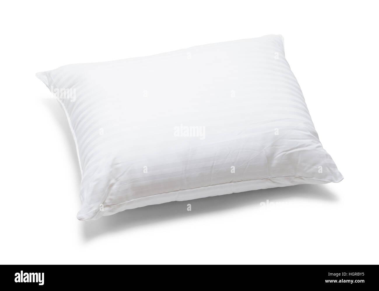 Blanco cama mullida almohada aislado sobre fondo blanco. Imagen De Stock